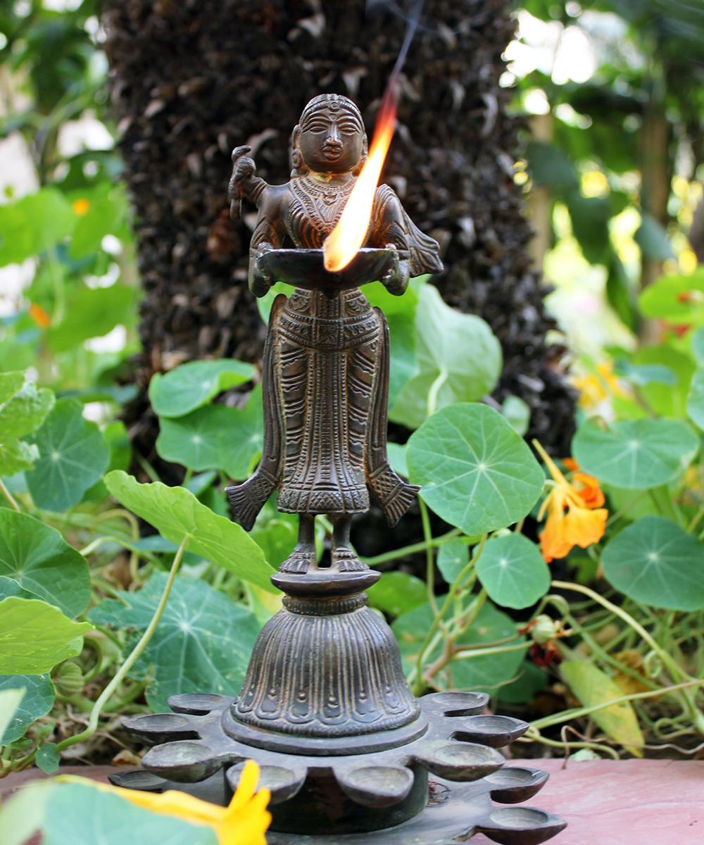 Tamil Wedding Food Menu: Deep Lakshmi 20 Diyas1